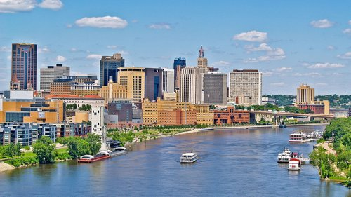 saint-paul-skyline-vsp__large-slideshow.jpg